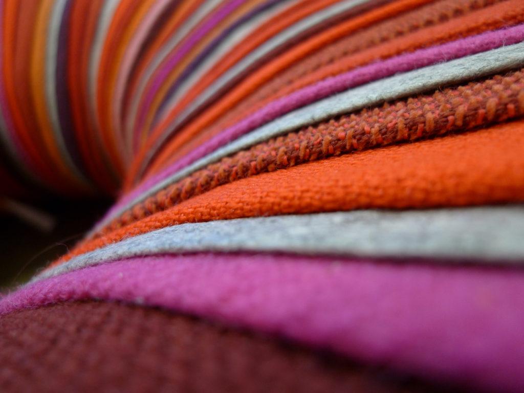 Drops Pouf by Camilla Aspeli Hounsell Halvorsen, detail